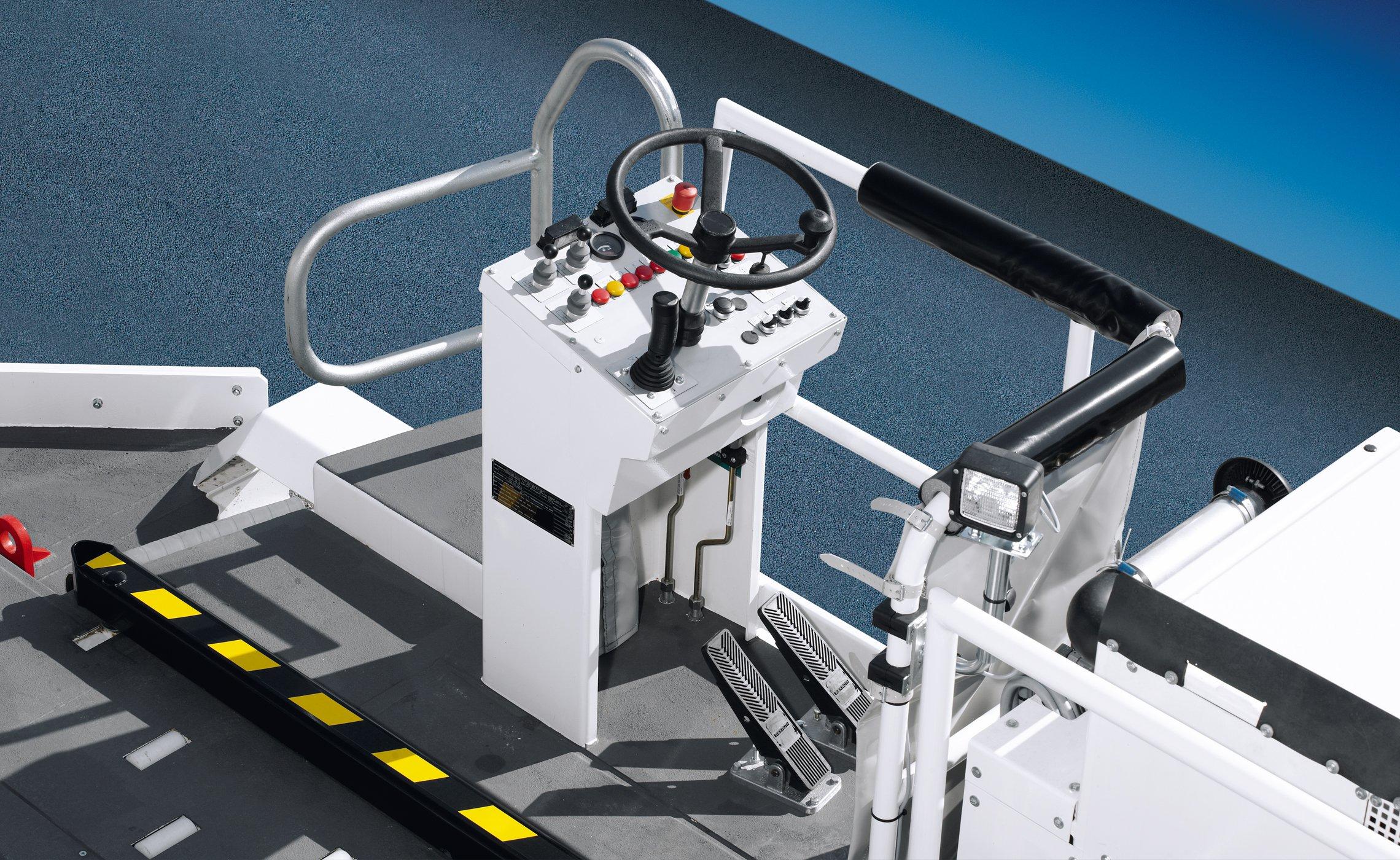 Trepel airport equipment loader transporter ccl35 s